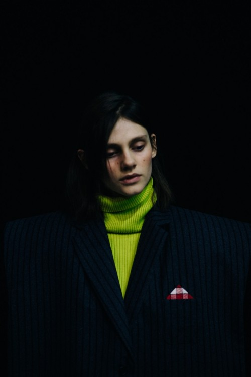Le-21eme-Adam-Katz-Sinding-Backstage-Jacquemus-Paris-Fashion-Week-Fall-Winter-2016-2017_AKS3789.jpg