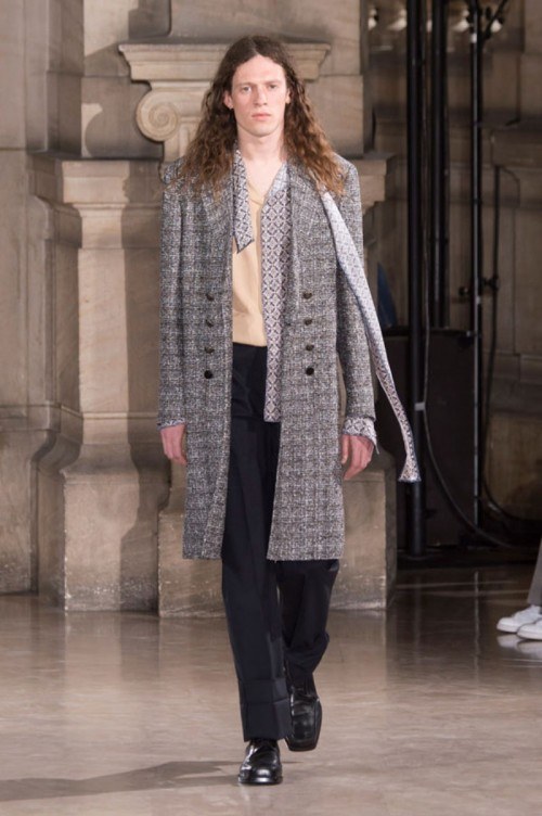 Maison-Margiela-Spring-2017-Menswear-Collection-Runway-Paris-Fashion-Week-Tom-Lorenzo-Site-4.jpg