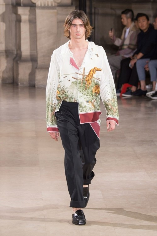 Maison-Margiela-Spring-Summer-2017-Paris-Fashion-Week-5.jpg