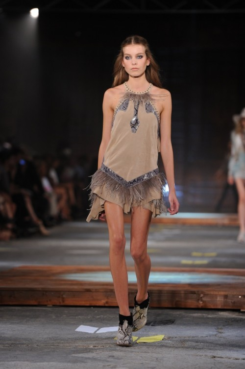 Review-Pictures-Just-Cavalli-Runway-Show-2012-Spring-Summer-Milan-Fashion-Week.jpg