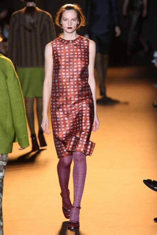 Review-Pictures-Rochas-Autumn-Winter-2012-Milan-Fashion-Week-Runway-Show.jpg
