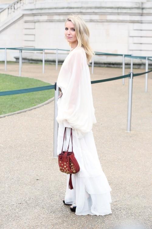 annabelle-wallis-at-chloe-show-paris-fashion-week-womenswear-fall-winter-2016-2017-2.jpg