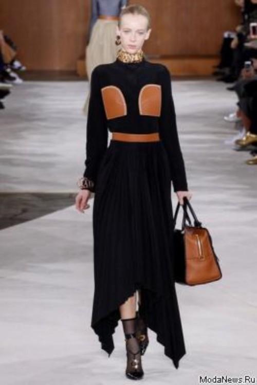 68661.Paris_.Fashion.Week_.Novaya.Kollekciya.Loewe_.AW_.2016.01.foto.jpg