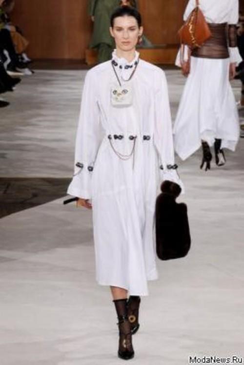 68661.Paris_.Fashion.Week_.Novaya.Kollekciya.Loewe_.AW_.2016.03.foto.jpg