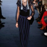 AlexisMabilleRunwayParisFashionWeekWomenswear0Ti6fXP3-_kl