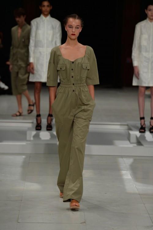 Chalayan-SS16-Paris-Fashion-Week-03.jpg