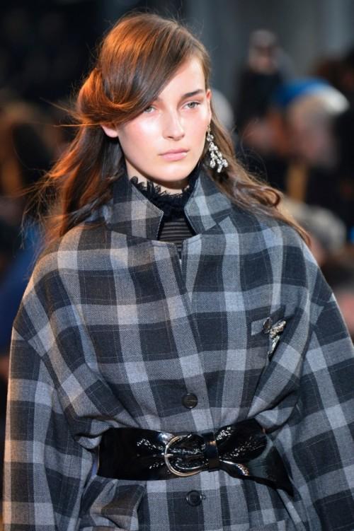 IsabelMarantRunwayParisFashionWeekWomenswear3oHBqsq6GH_x.jpg