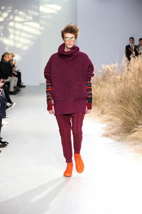 Issey-Miyake-Men-Fall-Winter-2016-Paris-Fashion-Week-2.jpg