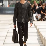 Issey-Miyake-Men-Spring-Summer-2017-Paris-Fashion-Week-16