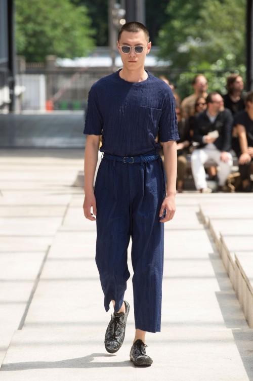 Issey-Miyake-Men-Spring-Summer-2017-Paris-Fashion-Week-19.jpg