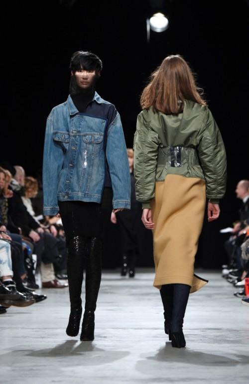 LutzHuelleRunwayParisFashionWeekWomenswear-YJuQI6cHHmx.jpg