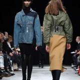 LutzHuelleRunwayParisFashionWeekWomenswear-YJuQI6cHHmx