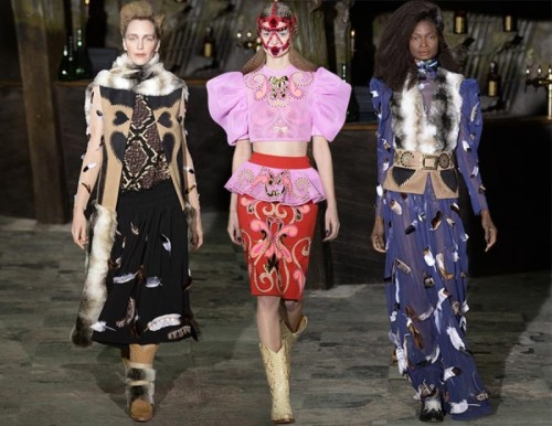 Manish_Arora_fall_winter_2016_2017_collection_Paris_Fashion_Week1.jpg