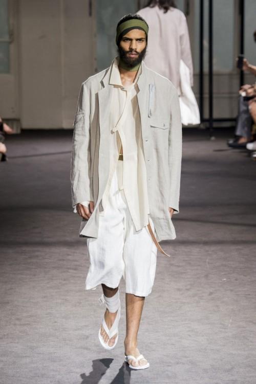 Yohji-Yamamoto-Spring-Summer-2017-Paris-Fashion-Week-9.jpg