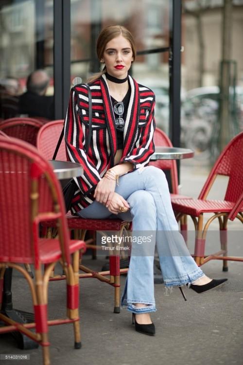 chiara-ferragni-is-wearing-levis-jeans-isabel-marant-jacket-celine-picture-id514031016.jpg