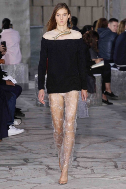 loewe_show_defile_jonathan_anderson_ss16_paris_fashion_week.jpg