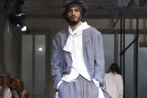 yohji-yamamoto-2017-spring-summer-menswear-collection-0.jpg