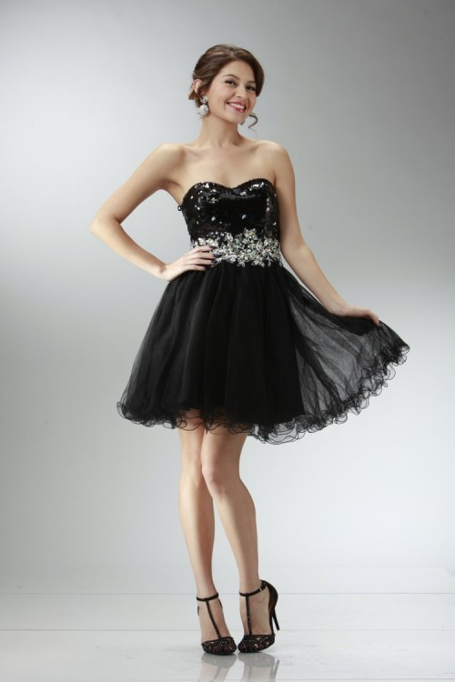 30_Lovely_Black_Short_Prom_Dresses_for_this_Year_-_MagMent.jpg