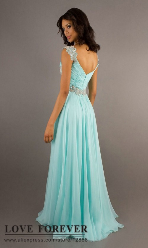 4_Places_Where_You_can_Find_the_Most_Affordable_Prom_Dresses.jpg
