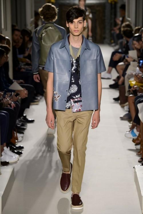 Valentino-Spring-Summer-2016-Menswear-Collection-Paris-Fashion-Week-002.jpg