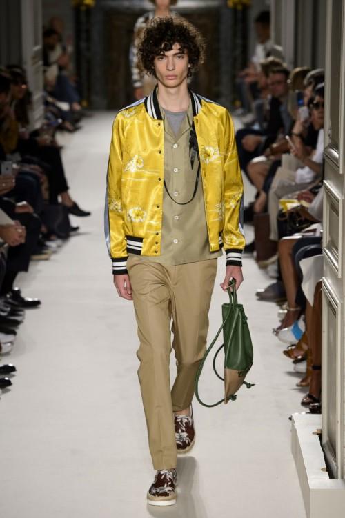 Valentino-Spring-Summer-2016-Menswear-Collection-Paris-Fashion-Week-004.jpg