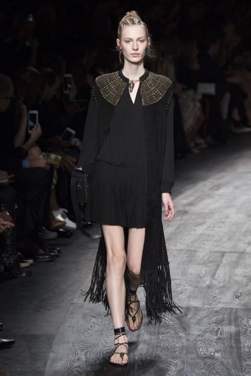 Valentino-Spring-Summer-2016-Paris-Fashion-Week-16.jpg