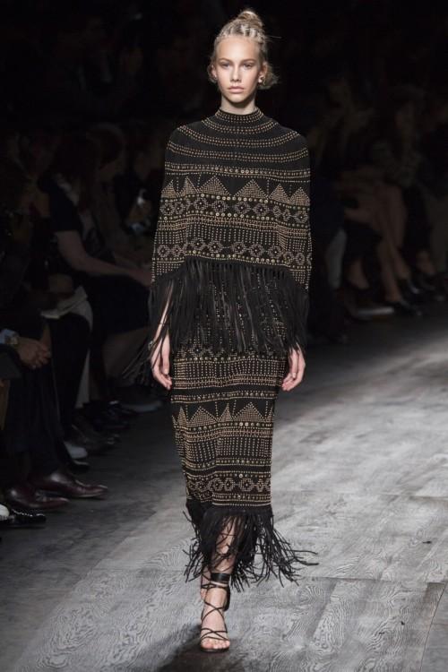 Valentino-Spring-Summer-2016-Paris-Fashion-Week-17.jpg