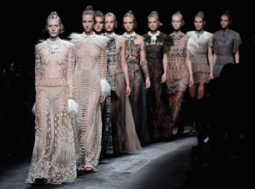 rs_1024x759-151006095012-1024.-valentino-paris-fashion-week.jpg