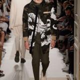Valentino-Spring-Summer-2017-Paris-Fashion-Week-25