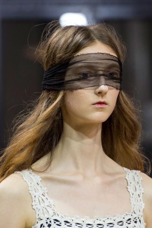Veronique-Branquinho-spring-2016-close-ups-fashion-show-the-impression-04.jpg