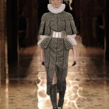 alexander_mcqueen_fall_winter_2013_2014_5390_north_1200x_white