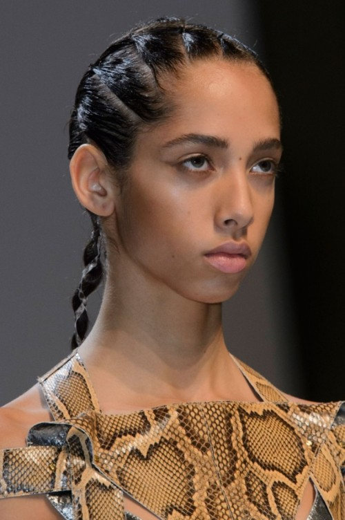 esteban-cortazar-spring-2016-close-ups-fashion-show-the-impression-55-681x1024.jpg