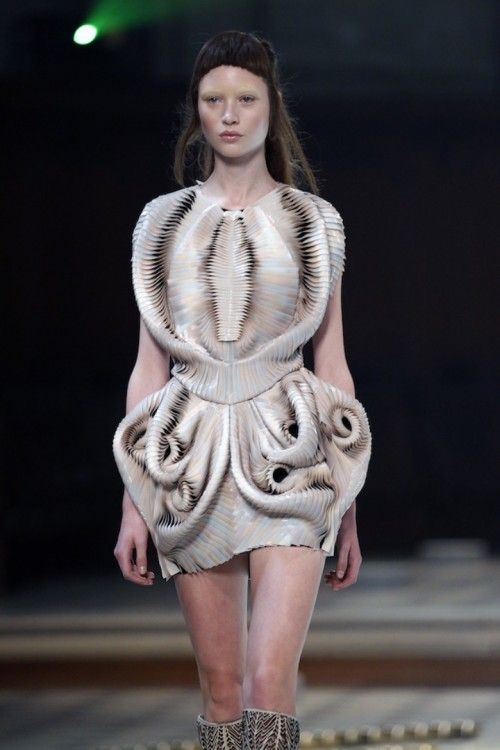 iris-van-herpen-haute-couture-fall-winter-2016-2017-show-as-part-of-paris-fashion-week-on-july-4-2016-in-paris-france.jpg