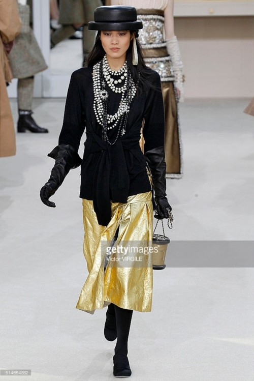 model-walks-the-runway-during-the-chanel-fashion-show-as-part-of-the-picture-id514664882.jpg