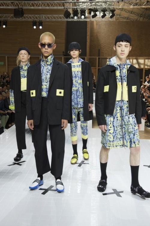 Kenzo-Spring-Summer-2017-Paris-Fashion-Week-5.jpg