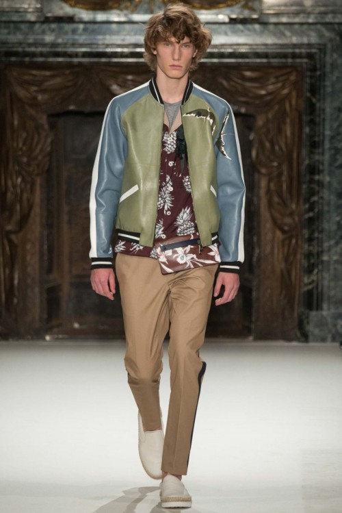Valentino_Spring_2016_Menswear.jpg