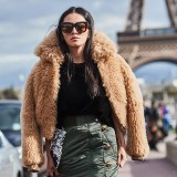 Paris-Fashion-Week-Spring-Summer-2018-Street-Style-136