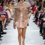 Valentino-Spring-Summer-2018-Paris-Fashion-Week-1