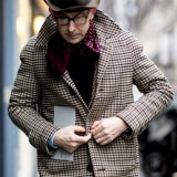 paris-fashion-week-mens-street-style-fall-day-the-impression-1518040546cpl84