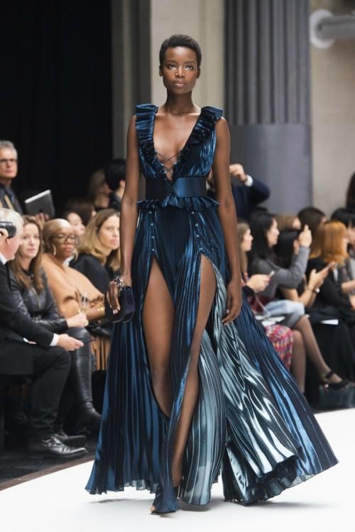 ralph-russo-spring-2018-runway-ready-to-wear-london-fashion-week-metallic-dress.jpg