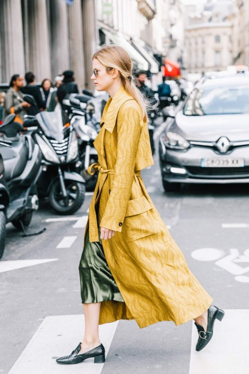 Street-Style-paris-Fashion-Week-2018-Spring-Summer-Collection.jpg