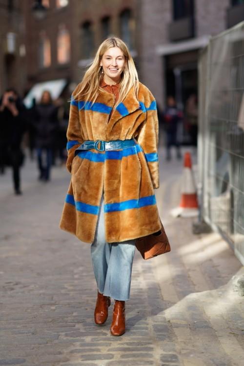 london-fashion-week-street-style-2018gettyimages-920736026_master.jpg