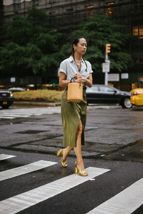 man-repeller-nyfw-streetstyle-day-7-sept-2018-O02A0217.jpg
