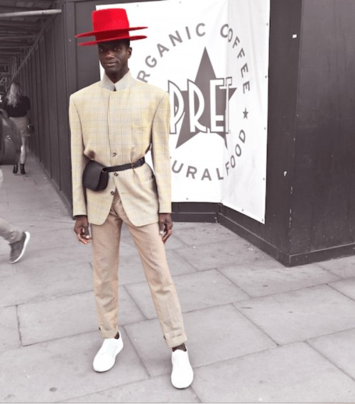 red-hat-london-fashion-week-street-style-.jpg