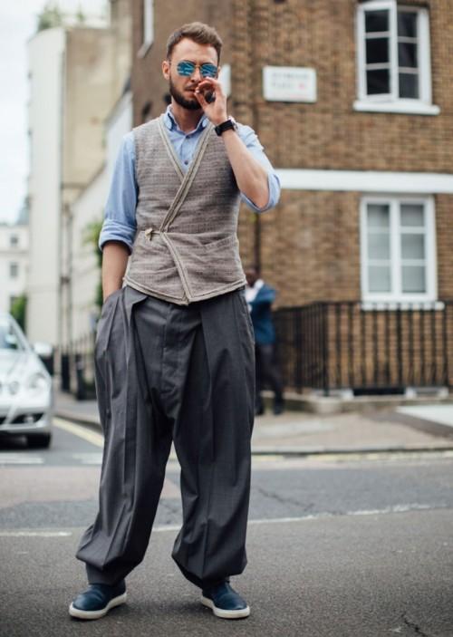 street-style-london-fashion-week-mens-spring-2018-day4-buro247sg-2.jpg