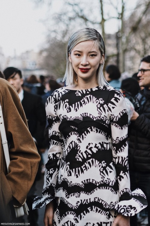 valentino-dress-street-style-paris-fashion-week-march-2018.jpg