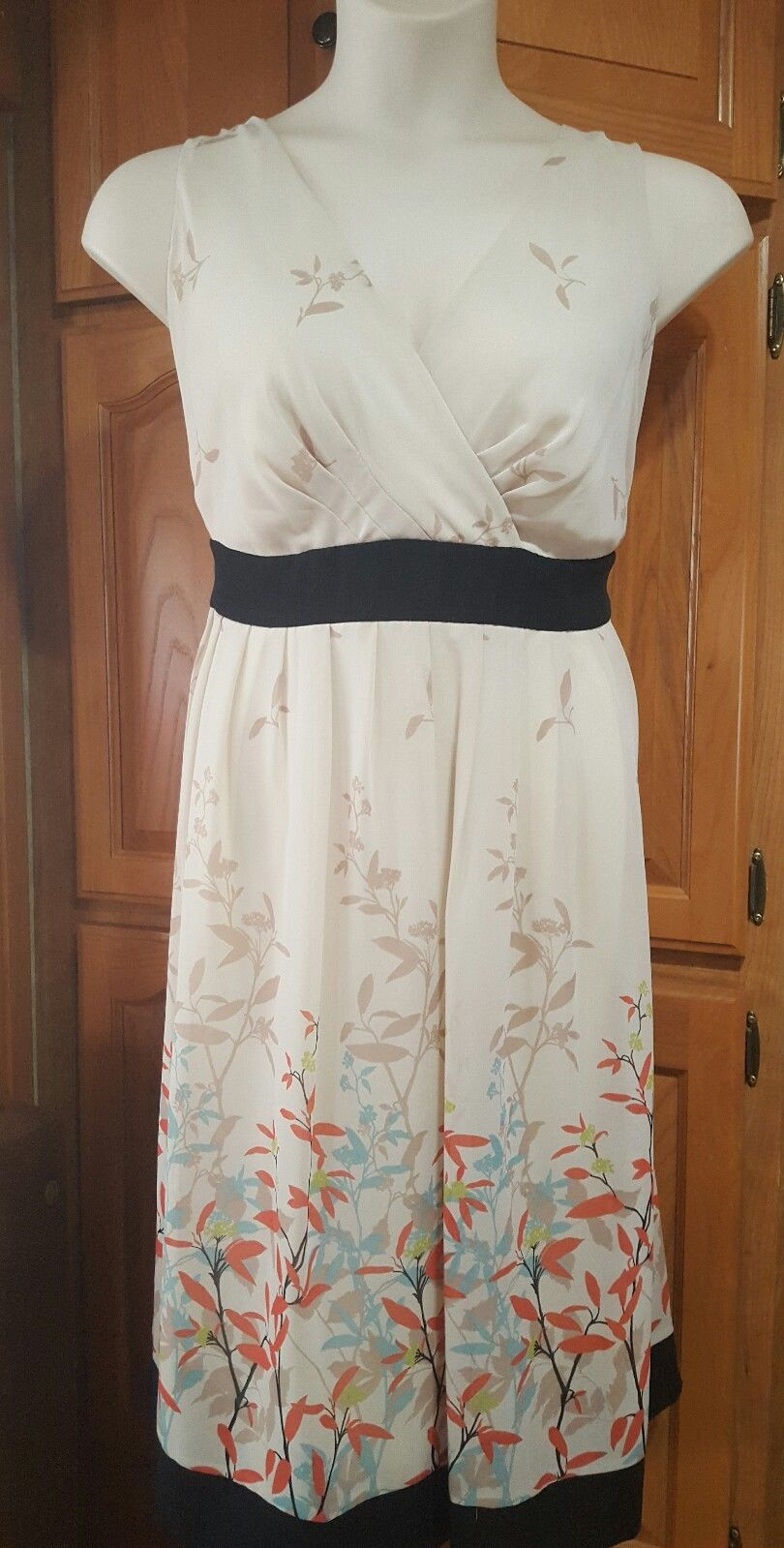 "Awesome ""LANE BRYANT"" Cream Floral Sleeveless Dress – Size"