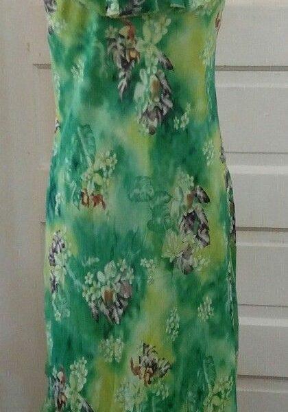 3604ce8a13f1 Great Lapis Anthropologie Silk Maxi Dress Green Floral Asymmetrical Hem  Ruffles XL 2018 2019 | B2B Fashion