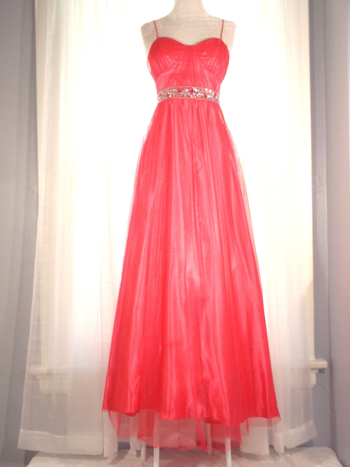 37fc18c58a6 Amazing REIGN ON Prom Dress Coral Satin Mesh Sequin Size 1 2 Formal ...