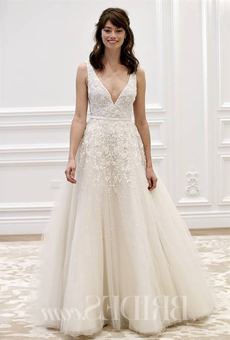 Wedding gown for